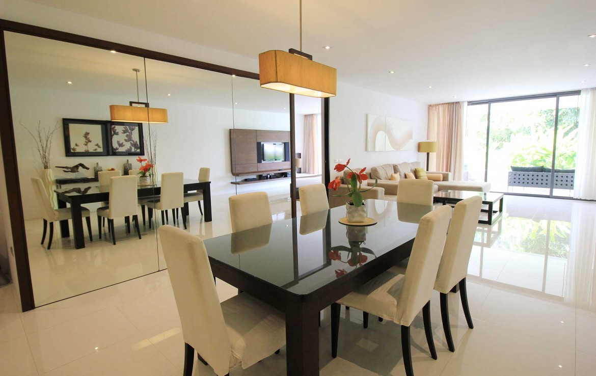 2 bedroom / 2 bathroom Apartment in Surin is on the market for sale, or re-sale.