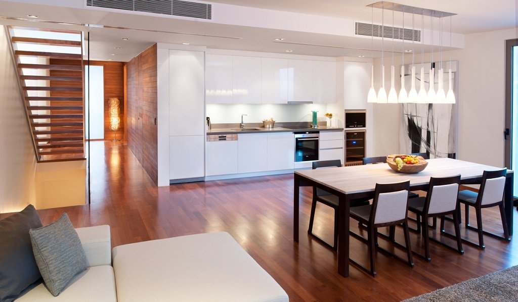 3 bedroom / 2 bathroom Apartment in Patong is for sale, or re-sale.