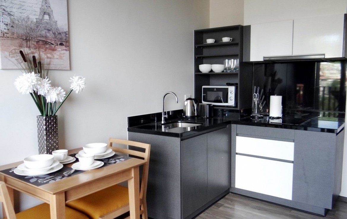 This 1 bedroom / 1 bathroom Apartment for sale is located in Patong on Phuket