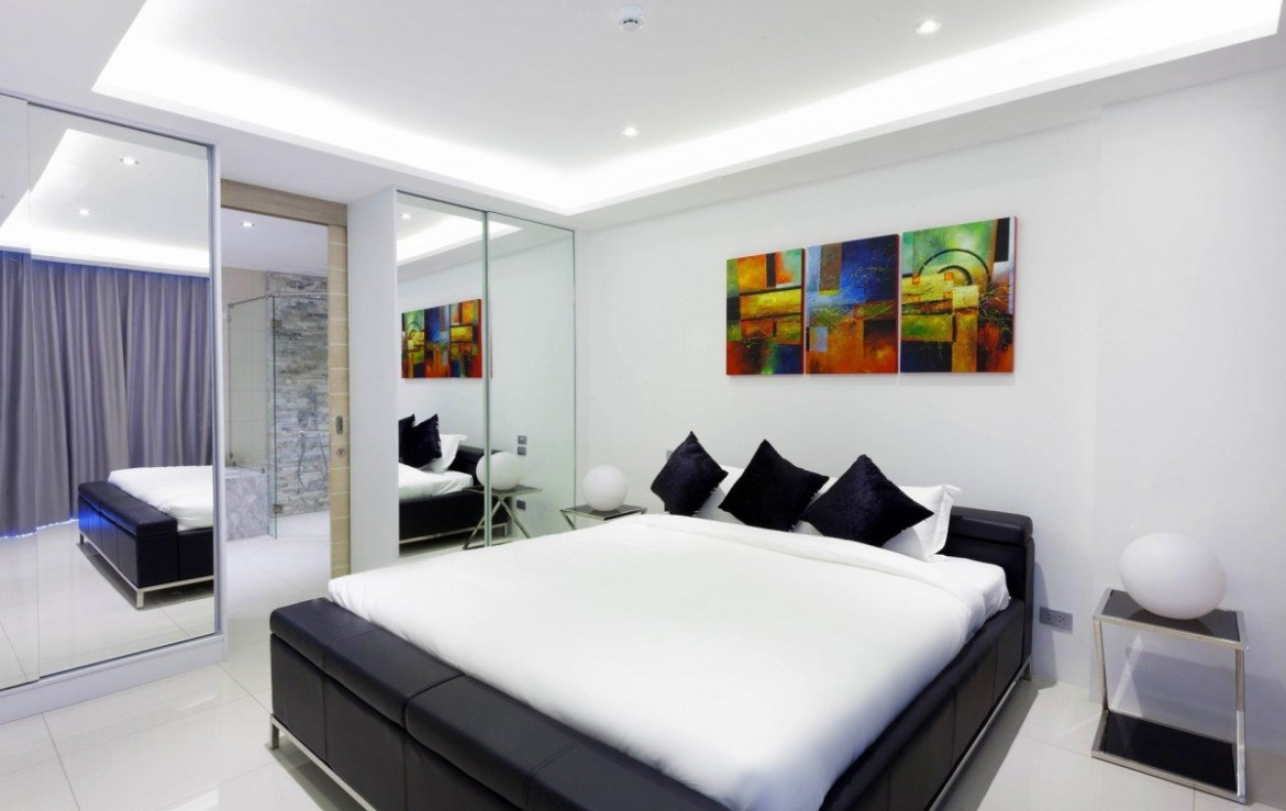 2 bedroom / 2 bathroom Apartment in Kata is available for sale, or re-sale.