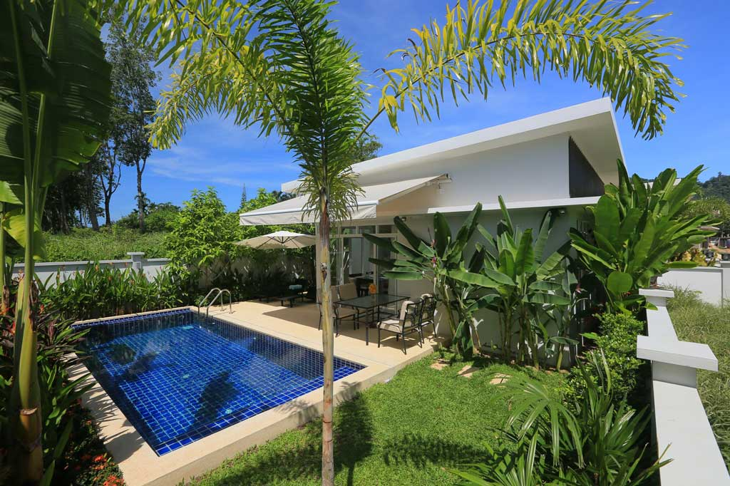 This 2 bedroom / 2 bathroom Villa for sale is located in Rawai on Phuket