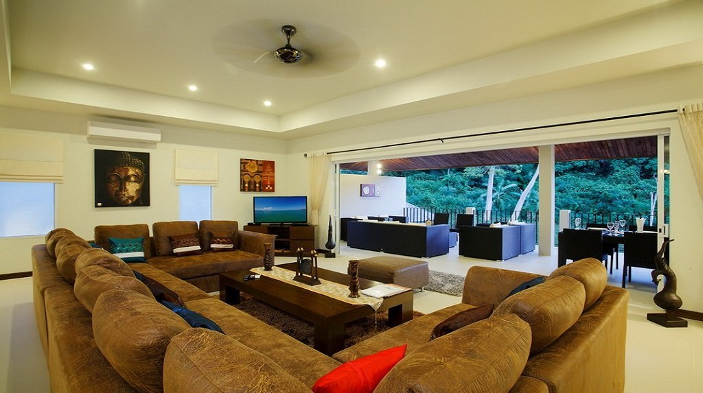 This 7 bedroom / 7 bathroom Villa for sale is located in Nai Harn on Phuket