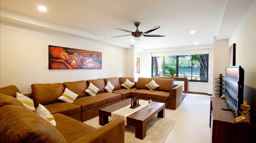 This 4 bedroom / 3 bathroom Villa for sale is located in Nai Harn on Phuket
