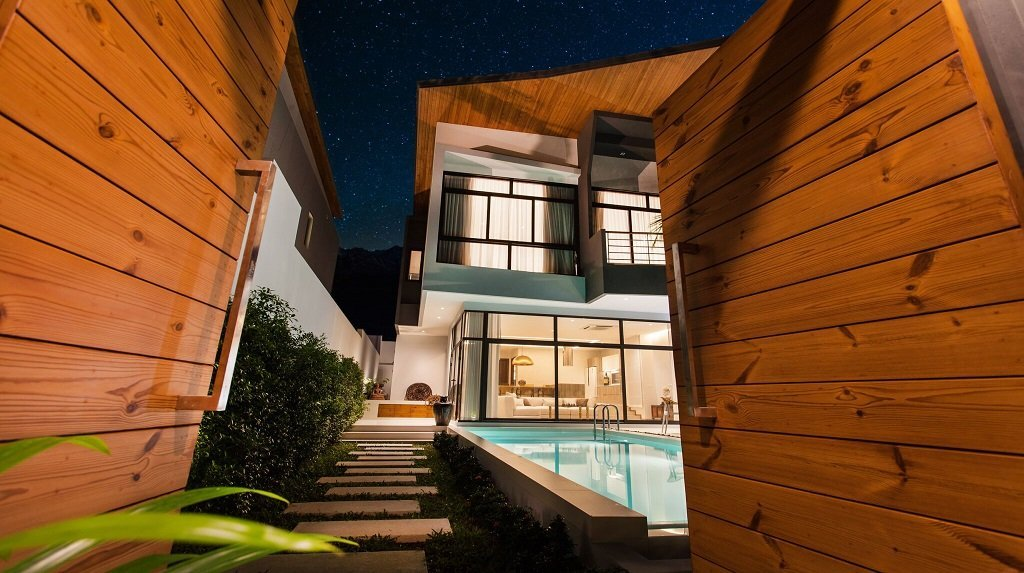 3 bedroom / 4 bathroom Villa in Nai Harn is available for sale, or re-sale.