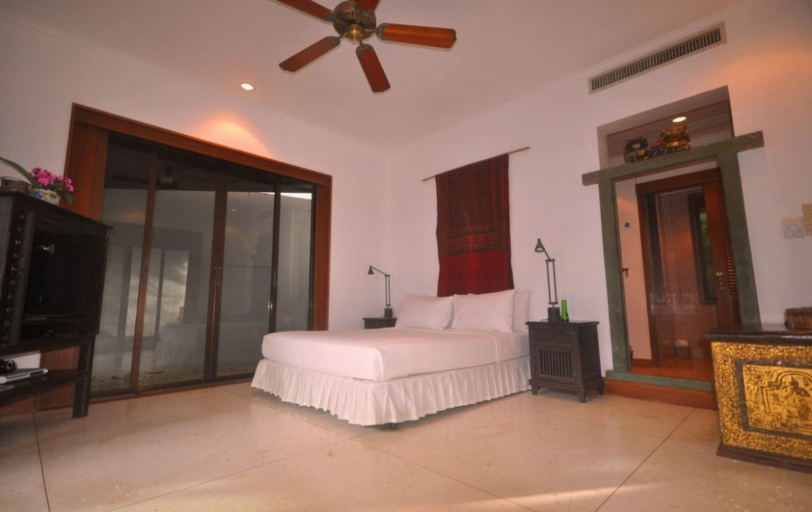This 4 bedroom / 5 bathroom Villa for sale is located in Kata on Phuket