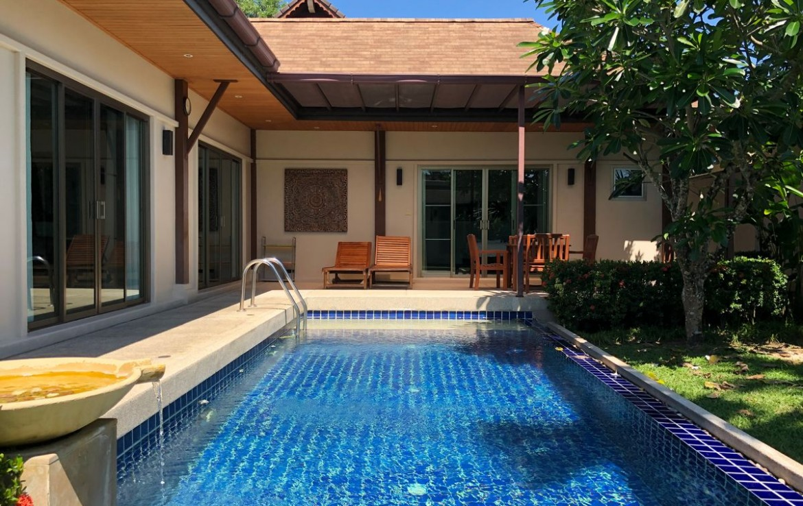 This 3 bedroom / 3 bathroom Villa for sale is located in Rawai on Phuket