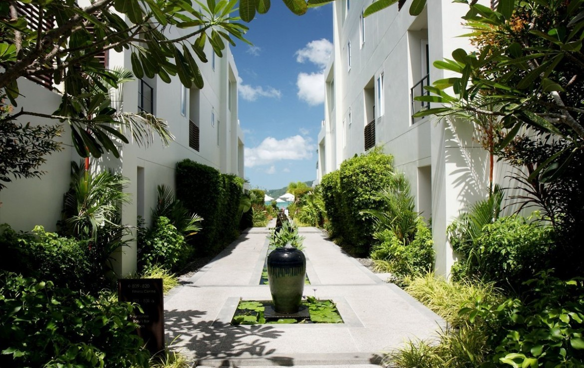 This 1 bedroom / 1 bathroom Apartment for sale is located in Rawai on Phuket