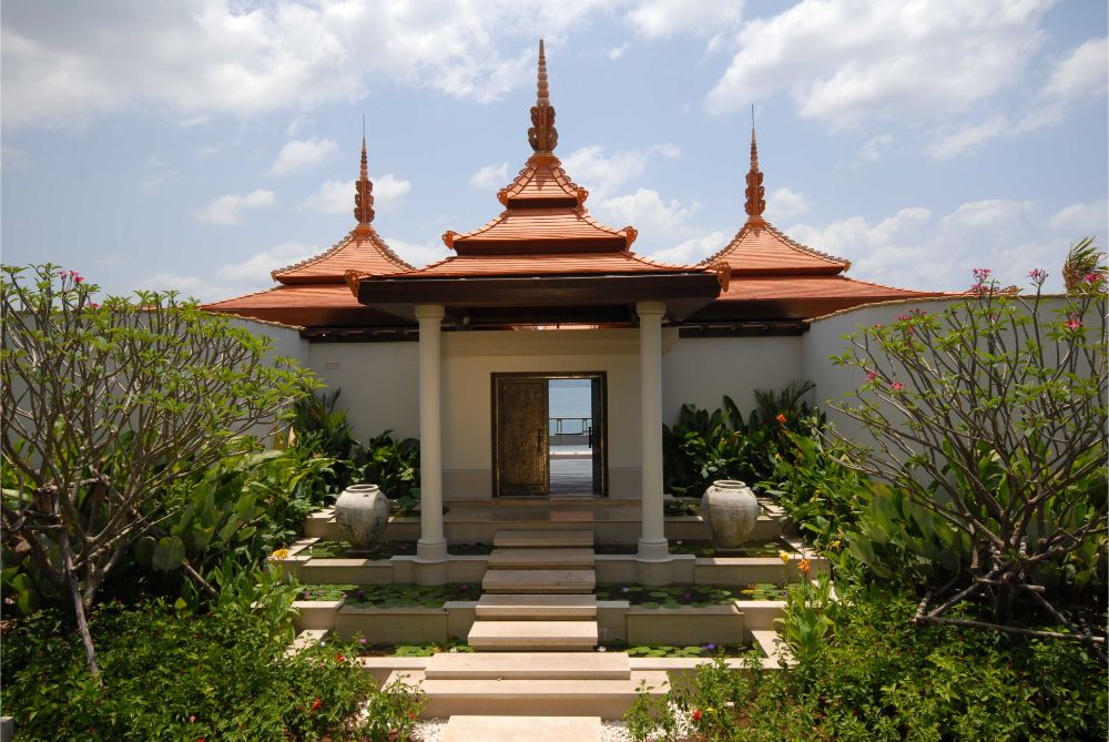 This 6 bedroom / 7 bathroom Villa for sale is located in Layan on Phuket